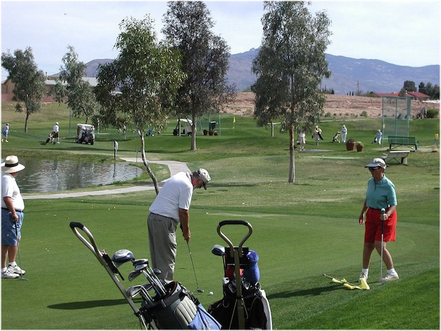Golf new.jpg