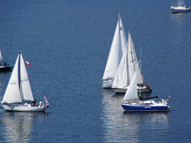 Sailing on Okanagan Lake photo Perry Mack.JPG