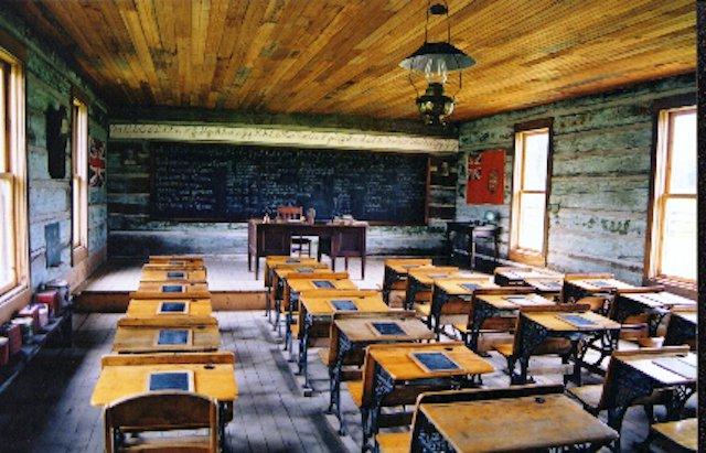 Balmoral Schoolhouse.jpg