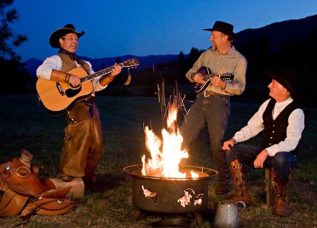 Cowboy Dinner Show - Campfire.jpg