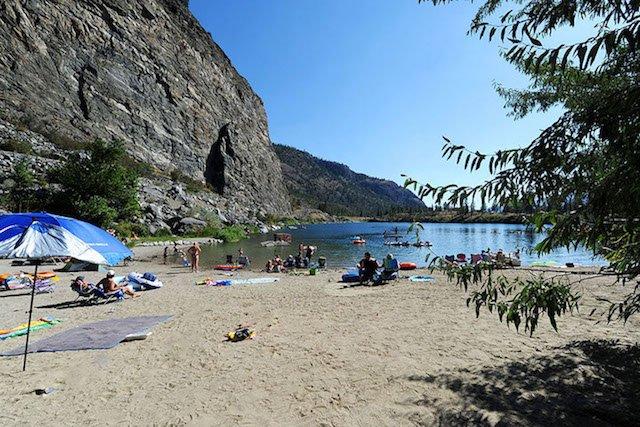 Gallagher Lake Resort Oliver Bc Suncruiser