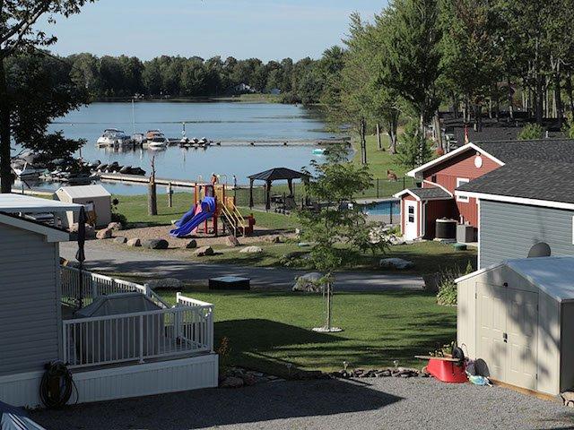 Melody Bay Resort Buckhorn Lake Kawarthas On Suncruiser