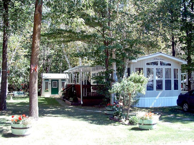 Park Model Cottage at Wasaga Dunes.jpg
