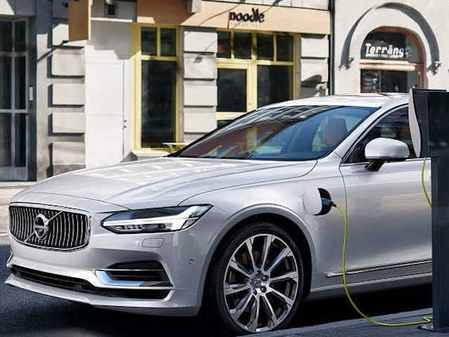 Volvo Cars announces Electric Strategy