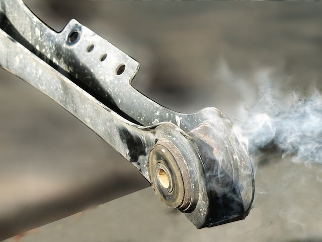 01 JDW Bushing Burn OutBlur.jpg