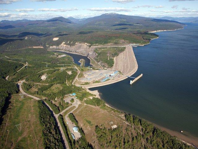 20 WAC Bennett Dam_BCHydro.jpg