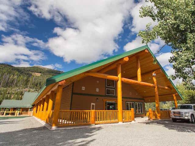 Manning Park Resort Alpine Room
