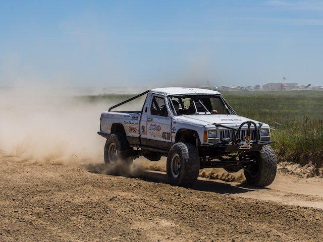 Kicking up Dust at Dirt RIOT Agate.jpg
