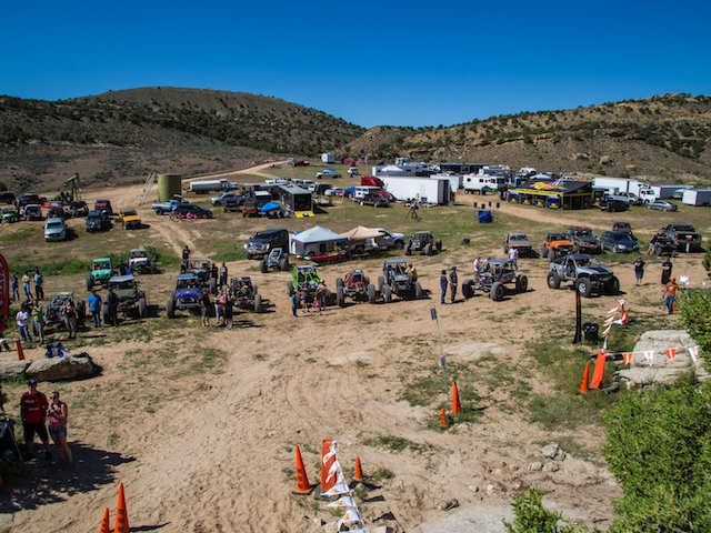 Rigs lined up at WERock Rangely.jpg