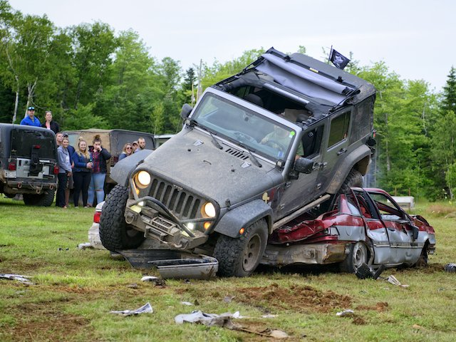 Car crushing. photo CindyHiltz7.jpg