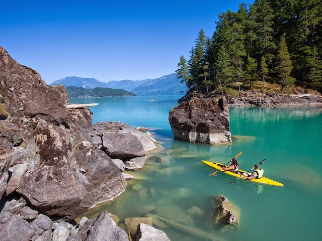Harrison Lake, Harrison Hot Springs, BC © Graham Osborne 3-MF-40379.jpg