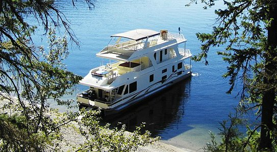 Waterway Houseboat Genesis 66