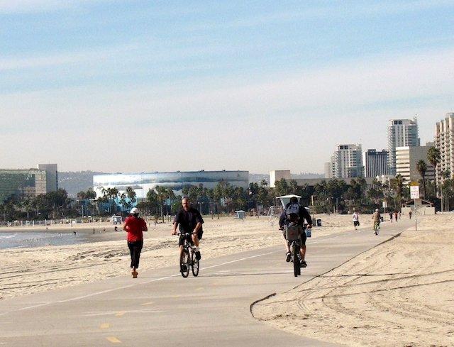 Long Beach Bike Path2.JPG