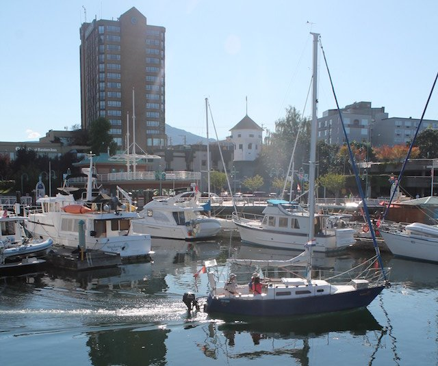 Pulling into any one of the marinas provides the chance to experience the many attractions.