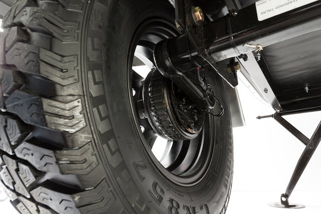 TAG-OUT-0783015 Axle.jpg