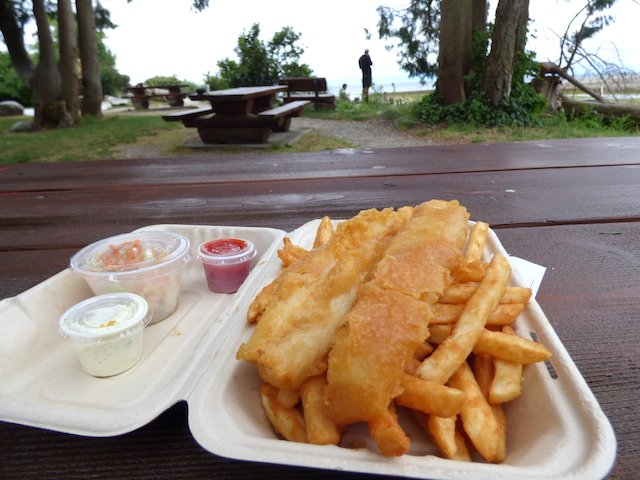 Sharkey's fish n chips at Roberts Creek park.jpg