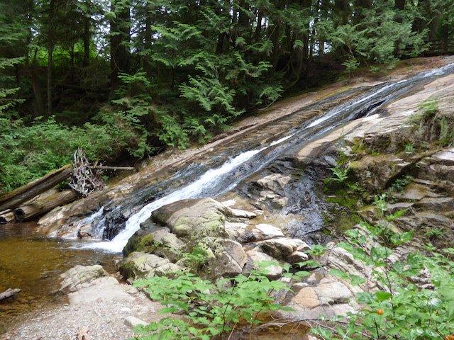 Falls at Cliff Gilker park.jpg