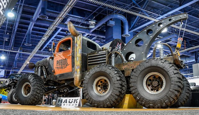 Pitbull Hauk Steampunk Concept Towtruck 6x6  photo Bryan Irons.jpg