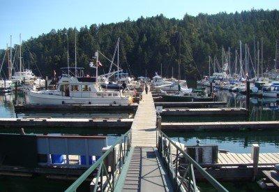 maple-bay-marina-Visitor-Dock-400.jpg