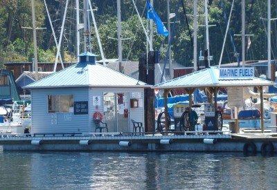 maple-bay-marina-Fuel-Dock-400.jpg