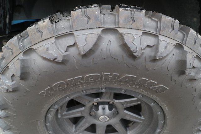 3 The shoulders and sidewalls are heavily reinforced and have tread for traction photo Perry Mack.JPG