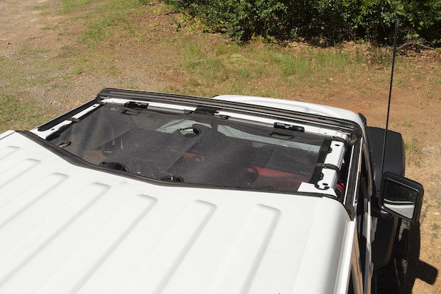5 Eclipse Sunshade photo Rugged Ridge.jpg
