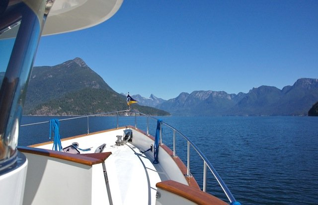 Boating cruising Photo Alan.jpg