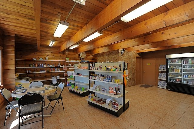 GAL store.jpg