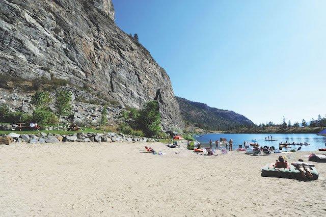 GAL beach4.jpg