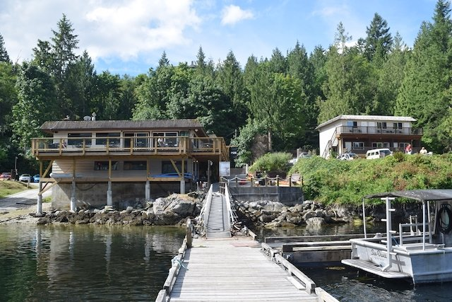 The Backeddy Resort and Marina is a spacious, relaxing place featuring a pub that's vintage West Coast.