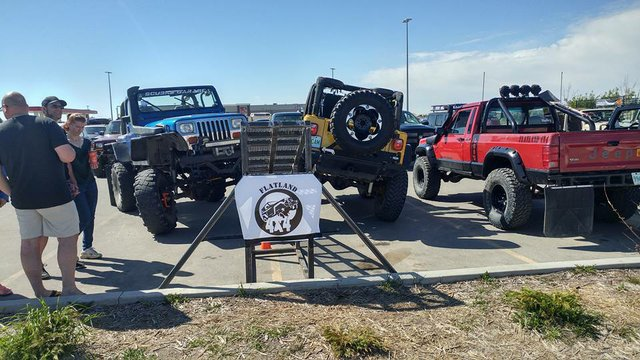 Flatland 4x4 Go Topless day Show and Shine