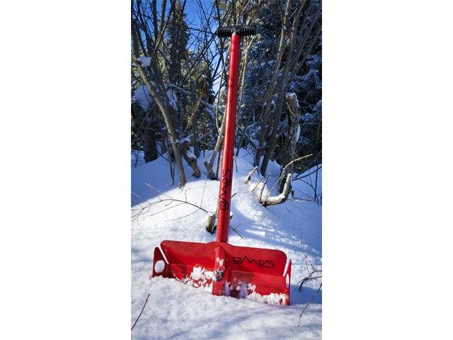 DMOS Stealth shovel beauty shot.jpg