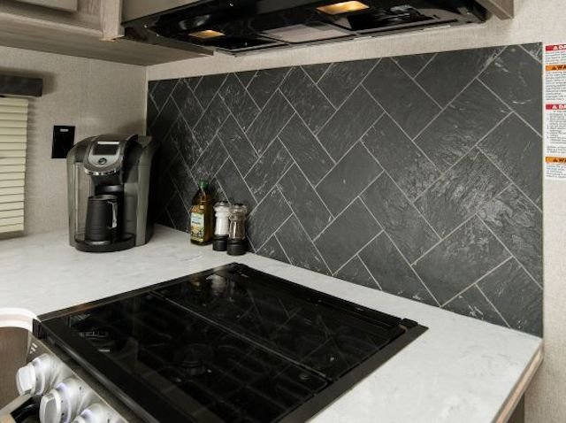 RP423_backsplash%20-%20Copy%202.jpg