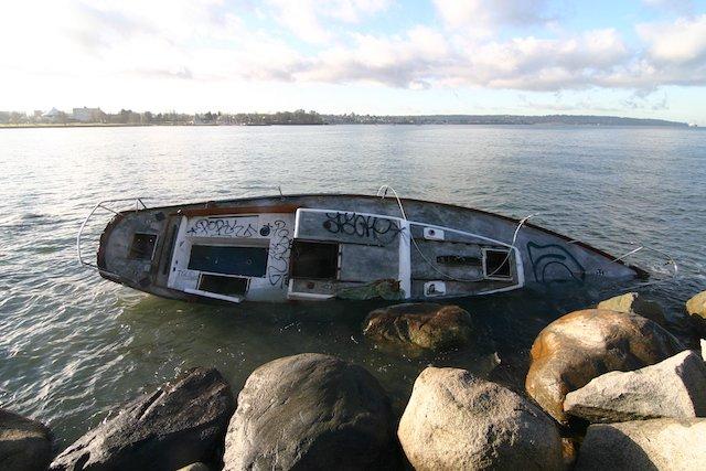 Abandon Boat graffiti Photo Sam Burkhart.JPG