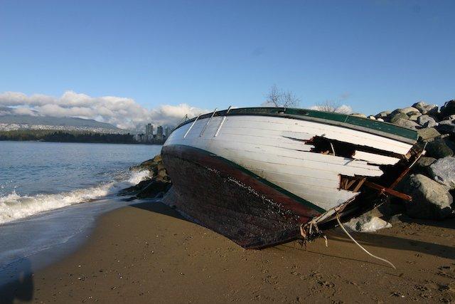 Abandon Boat beach Photo Sam Burkhart.JPG