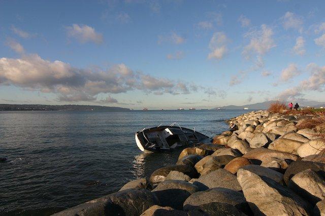 Abandon Boat shore Photo Sam Burkhart.JPG