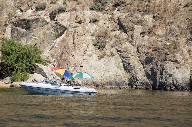 2 boat camping okanagan lake photo Perry Mack.JPG