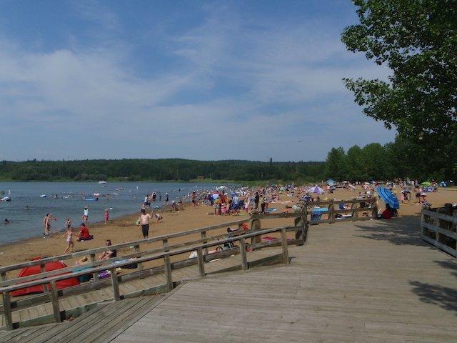Wabamun Provincial Park boardwalk and beach