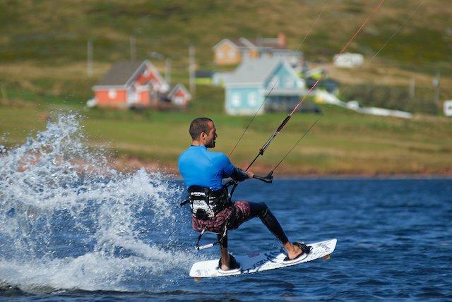 Iles_de_la_Magdeleine_kite_surfing-20130423213449-nc034-c-kite-m-bonato-mb14488.jpg