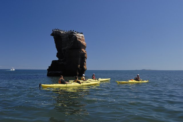 Iles_de_la_Magdeleine_kayking_20130420235400-nb078-c-kayak-m-bonato-dsc2421.jpg