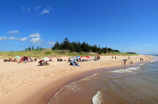 Basin_Head_Beach_PEI_TPEI-LLund.jpg