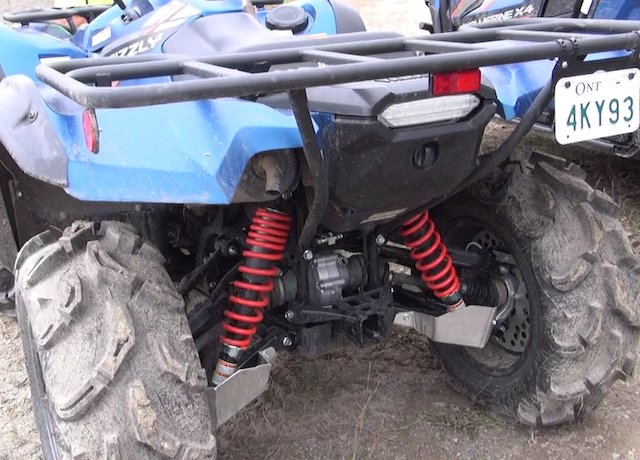 4 Yamaha Grizzly photo Quinto Neufeldt.png