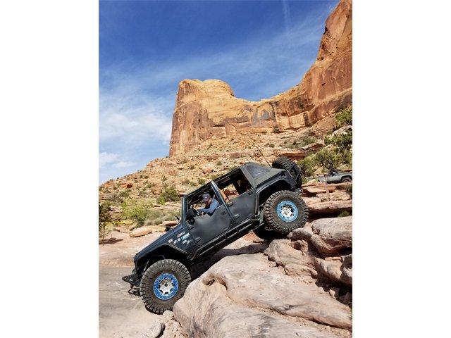10 Moab Rim Trail photo Mercedes Lillienthal.jpg