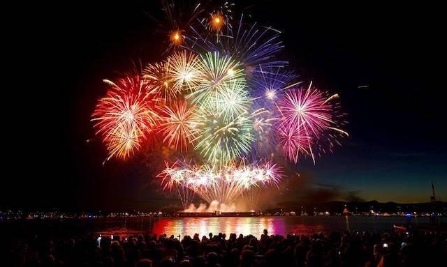 Celebration-of-Light-Australia.jpg