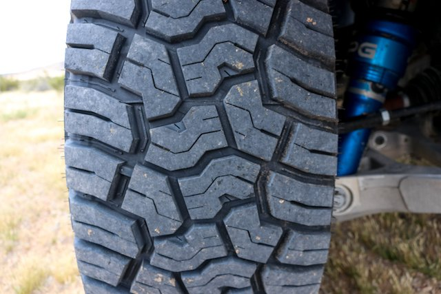 The tread pattern ejects rocks and reduces noise X-AT