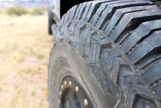 Thick sidewalls are decorated with a different design on each side X-AT