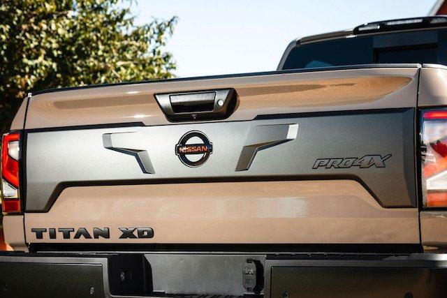2020 Nissan TITAN XD PRO-4X-6-1200x800.jpg
