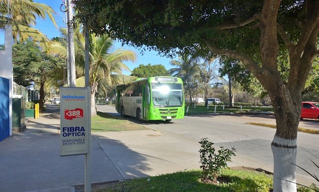 Green (tourist) bus with air conditioning.JPG