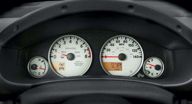 2020 Frontier_Speedometer 2.jpg