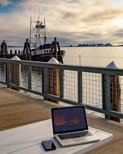 digital nomad boat.jpg